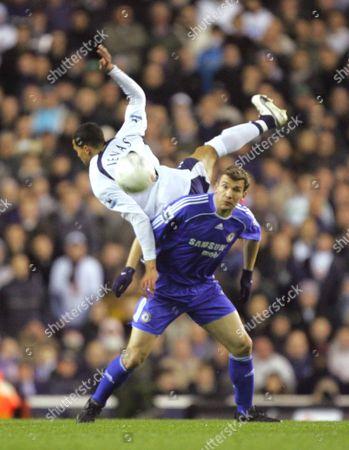 ANDRIY SCHEVCHENKO ( CHELSEA ) JERMAINE JENAS ( SPURS ) TOTTENHAM HOTSPUR v CHELSEA F A CUP quarter FINAL REPLY AT WHITE HART LANE 19/03/2007 ENGLAND LONDON