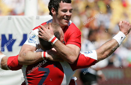 Try scorer Ollie Phillips (ENG) celebrates with Kevin Barrett (top) England 31 V Fiji 10 7/02/2009 Wellington 7 Sevens Tournament Day two