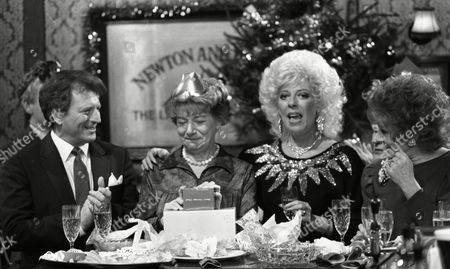 Coronation Street Dec 1987 Coronation Street Dec 1987 P521 Hilda Ogden's farewell to Coronation street Christmas day 1987 Johnny Briggs (as Mike Baldwin) Jean Alexander (as Hilda Ogden) Elizabeth Dawn (as Vera Duckworth) Julie Goodyear (as Bet Lynch) Barbara Knox (as Rita Fairclough)
