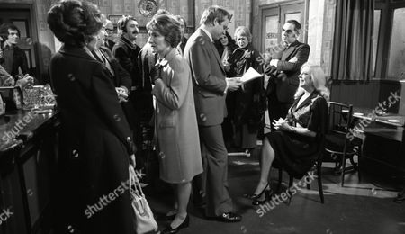 Coronation Street Apr 1976 F867 Geoffrey Bateman (as Philp Lightfoot) Jean Alexander (as Hilda Ogden and Bernard Youens (as Stan Ogden) Coronation Street Apr 1976 F867 Geoffrey Bateman (as Philp Lightfoot) Jean Alexander (as Hilda Ogden) and Bernard Youens (as Stan Ogden)