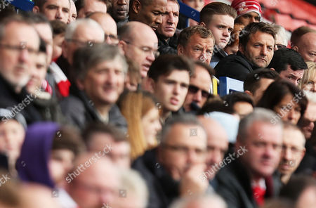 Swindon Director of Football Tim Sherwood watches on during the Sky Bet League One match between Swindon Town and Charlton Athletic played at the County Ground, Swindon on 12th November 2016