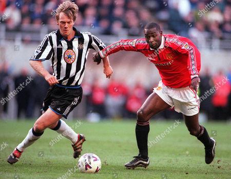 Warren Barton (Newcastle United) Andy Cole Manchester United) Newcastle United v Manchester United FA Premiership 12/2/2000 Great Britain Newcastle