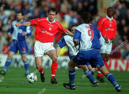 Dougie Freedman (Nottingham Forest) Ashley Ward & David Dunn (Blackburn Rovers) Nottingham Forest v Blackburn Rovers 25/03/2000 Great Britain Nottingham