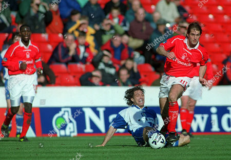 Andy Johnson (Nottingham Forest) Ashley Ward (Blackburn Rovers) Nottingham Forest v Blackburn Rovers Nationwide League Division 1 25/03/2000 Great Britain Nottingham