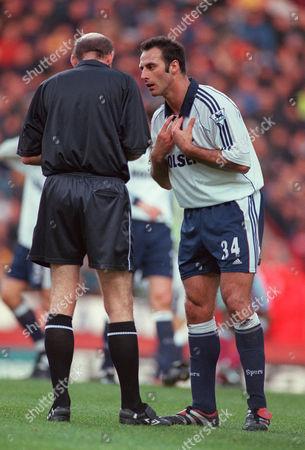 Referee B Knight talks to Ramon Vega (Tottenham) Aston Villa v Tottenham Hotspur FA Premiership 11/11/2000 Great Britain Birmingham