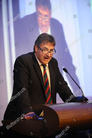 Rugby Union - Lord's Taverners Tribute Dinner to The Winning British Lions - Grange Tower Bridge Hotel Chris Cowdrey