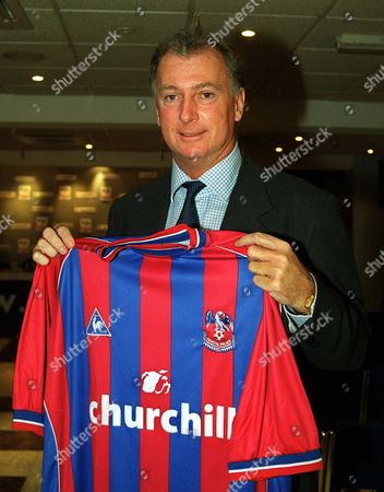 Trevor Francis displays the Fotball shirt of his new club as Manager Crystal Palace Press conference 30/11/2001  Great Britain London