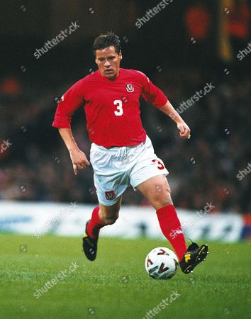 Darren Barnard - Wales Wales v Ukraine World Cup Qualifier The Millennium Stadium Cardiff 28/3/2001 Great Britain Cardiff