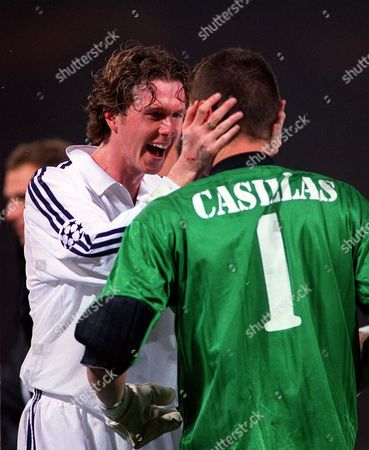 Steve MacManaman congratulates subsitute goalkeeper Iker Casillas (Real Madrid) at the end of the game Real Madrid v Bayer Leverkusen The European Champions League Cup Final Hampden Park 15/5/02 Great Britain Glasgow