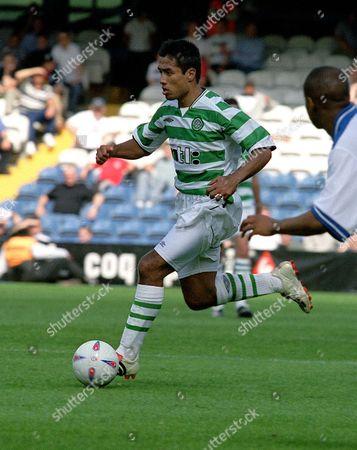 Bobby Petta (Celtic) Queens Park Rangers v Glasgow Celtic 13/7/2002  Great Britain London