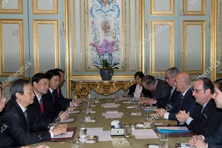 French President Francois Hollande and Chinese Vice Premier Ma Kai for a meeting at the Elysee Presidential palace in Paris