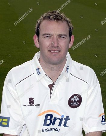 CHRIS SCHOFIELD ( SURREY LV COUNTY CHAMPIONSHIP KIT ) SURREY PHOTO CALL AT THE BRIT OVAL 25/03/2008 ENGLAND LONDON