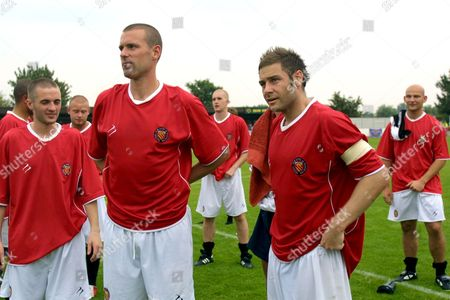 Jonathan Mitten and Mark Rawlinson (FC United) after the match AFC Wimbledon v Football Club United of Manchester at kingsmeadow 23/7/2005