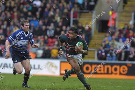 Freddie Tuilagi (Leicester) Gordon D'Arcy (Leinster) Leicester v Leinster European Cup 1/4 Final 27/01/2002 Great Britain Leicester