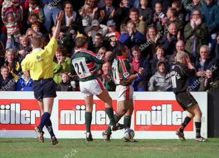 Freddie Tuilagi celebrates scoring a try for Leicester with Glenn Gelderbloom Leicester Tigers v Newcastle Falcon The Premiership 13/4/02 Great Britain Leicester