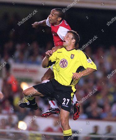 Ronny Johnsen (Villa) Thierry Henry (Arsenal) Arsenal v Aston Villa FA Premiership 27/08/2003