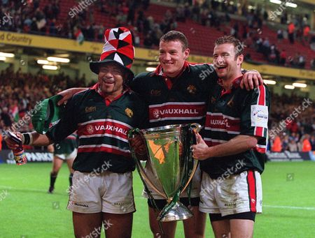 Freddie Tuilagi Tim Stimpson and Geordan Murphy (Leicester) celebrate with the European Cup Leicester v Munster The European Cup Final The Millennium Stadium Cardiff 25/5/02 Great Britain Cardiff