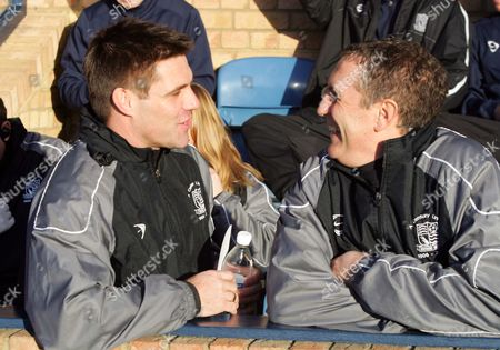 STEVE TILSON ( SOUTHEND MANAGER ) PAUL BRUSH ( ASST MANAGER ) COCA-COLA CHAMPIONSHIP SOUTHEND UNITED v DERBY COUNTY 20/01/2007 ENGLAND SOUTHEND ON SEA
