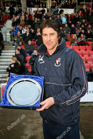 Darren Anderton with his presentation from Bournemouth after announcing his retirement AFC Bournemouth vs Chester at Dean Court Bournemouth Coca-Cola Football League Two 6/12/2008 England London
