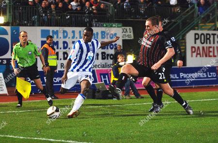 Joe Anyinsah (Brighton) Richard Dunne (City) Brighton and Hove Albion v Manchester City Carling League Cup 24/9/2008