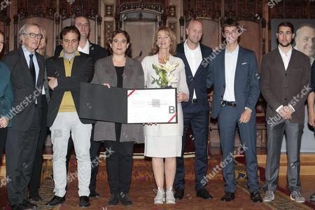 Danny Cruyff and Jordi Cruyff with attendees