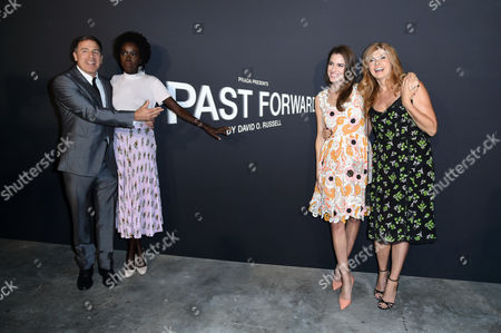 David O Russell, Kuoth Wiel, Allison Williams and Connie Britton