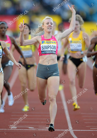 Jemma Simpson (UK) wins the womens 800m Aviva London Grand Prix Crystal Palace National Sports Centre London UK 24/07/2009