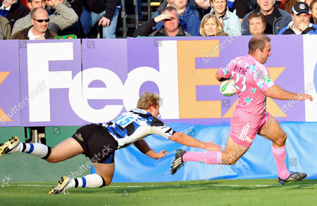 Ollie Phillips of Stade Francais runs in for a try Heineken Cup Round 2 Bath Rugby vs Stade Francais at The Recreation Ground Bath 18/10/2009