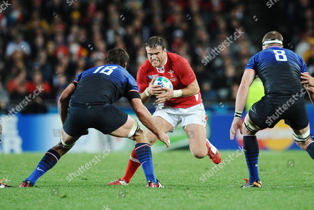 Wales v France ; Auckland; RWC semi final Jamie Roberts- Wales takes on Julien Pierre - France