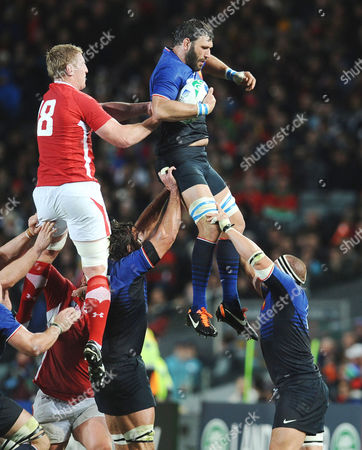 Wales v France ; Auckland; RWC semi final Julien Pierre - France Bradley Davies - Wales in the line out