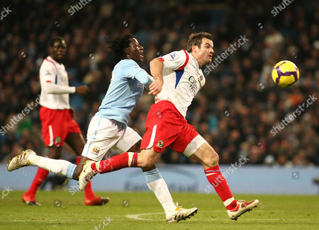 Football Manchester City v Blackburn Rovers City of Manchester Stadium Barclays Premier League 11/01/2010 Benjani Mwaruwari of Manchester City chases the ball