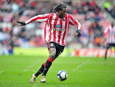 Football Barclays Premier League Sunderland vs Birmingham City at the Stadium of Light Benjani Mwaruwari (Sunderland) 20/03/2010