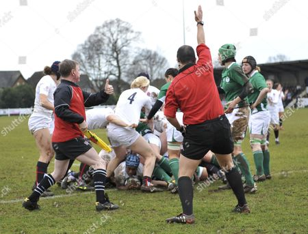 Margaret Alphonsi England (Saracens) scores the first try of the game England vs Ireland 6 Nations 2010 played at Esher Rugby Club England 28/02/2010 England Easher