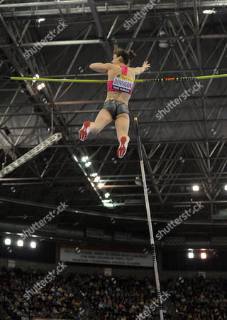 Athletics Aviva Indoor Athletics Grand Prix National Indoor Arena 20/02/2010   Kate Dennison of Great Britain competes in the Womens Pole Vault