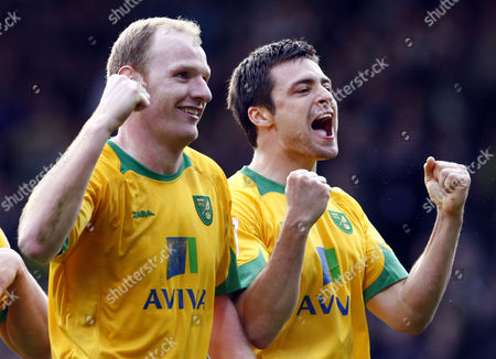 Football Gary Doherty of Norwich City and Russell Martin of Norwich City celebrates they win over Leeds Utd Coca-Cola Footbal League One Norwich City vs Leeds United at Carrow Road 27/03/2010