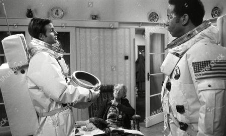 Weston Gavin (as Bill Johnson) and Lon Satton (as Lunar Module Pilot), with Madoline Thomas (as Granny)