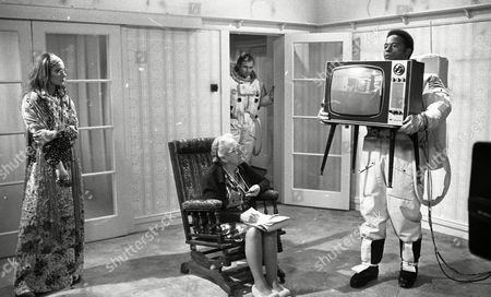 Weston Gavin (as Bill Johnson) and Lon Satton (as Lunar Module Pilot) with Zoe Wanamaker (as Alice) and Madoline Thomas (as Granny)