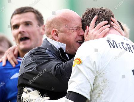 Football - Scottish Premier League - Hibs vs Rangers Rangers win 2009 - 2010 SPL Rangers assistant manager Kenny McDowell and goalkeeper Allan McGregor