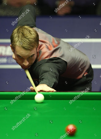 Stock Photo of Snooker - The World Championship Allister Carter in action at the Crucible Theatre Sheffield
