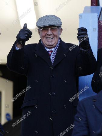 Football -Premiership - Aston Villa vs Swansea- Sir Doug Ellis at Villa Park