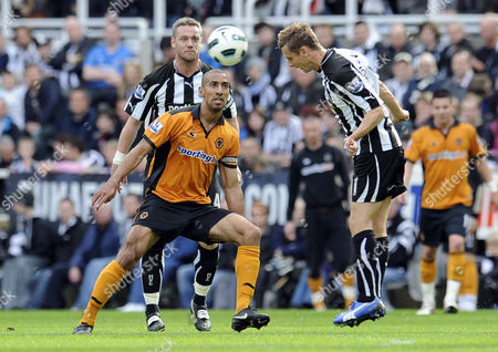 Football - Premier League - Newcastle United vs Wolverhampton Wanderers Karl Henry (Wolves) cant get to the ball as Peter Lovenkrands (Newcastle United) clears at St James' Park