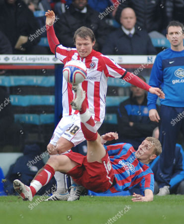 Football - Championship - Crystal Palace vs Sheffield United 19/02/2010 Bjorn Helge Riise (Sheffield United) Dean Moxey (Palace)