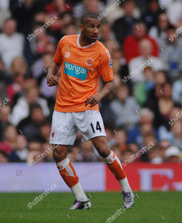 Editorial photo of Fulham 3 Blackpool 0 - 03 Apr 2011
