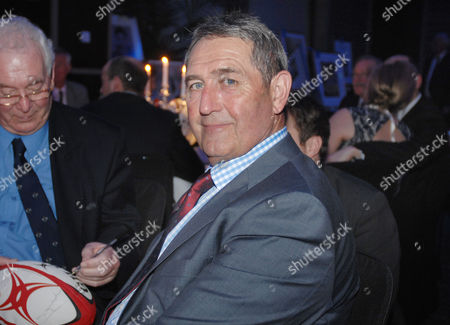 Rugby Union - Lord's Taverners Tribute Dinner to The Winning British Lions - Grange Tower Bridge Hotel Graham Gooch - Ex England Cricketer