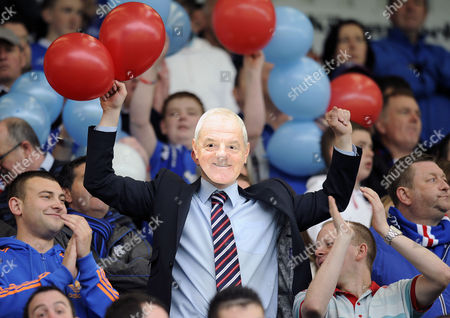 Football - Scottish Premier League - Kilmarnock vs Rangers a Rangers fans dressed as Walter Smith (Rangers manager) at Rugby Park