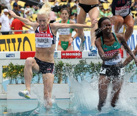 Athletics - World Championships 2011 - Daegu - Day One Barbara Parker of Great Britain competes in the first round of the Women's Steeplechase during day one of The Athletics World Championships in Deagu South Korea on 27th August 2011  South Korea Deagu