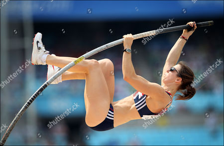 Athletics - World Championships 2011 - Daegu - Day Two Kate Dennison of Great Britain competes in the women's pole vault during day two of The Athletics World Championships in Deagu South Korea on 28th August 2011  South Korea Deagu