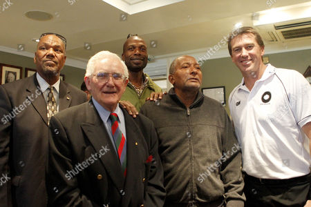 Cricket - The Lord's Taverners Fast Bowlers Dinner - Photo Call Colin Croft Alan Davidson Curtly Ambrose Andy Roberts and Glenn McGrath at Lord's Cricket Ground