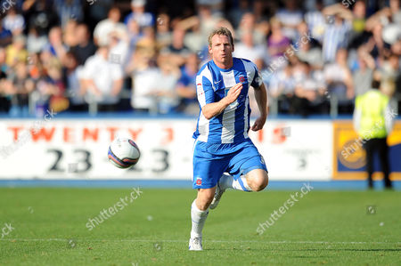 Football - League One - Hartlepool vs Sheffield Wednesday Ritchie Humphreys (Hartlepool United) chases the ball at Victoria Park UK