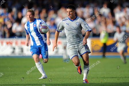 Football - League One - Hartlepool vs Sheffield Wednesday Ritchie Humphreys (Hartlepool United) is left in the wake of Ben Marshall (Sheffield Wednesday) at Victoria Park